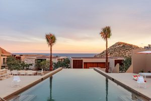 MARAVILLA LOS CABOS, MONTAGE LOS CABOS RESORT AND RESIDENCES, AND TWIN DOLPHIN GOLF CLUB COMPRISE THE AAA FIVE DIAMOND AWARD WINNING DESTINATION.