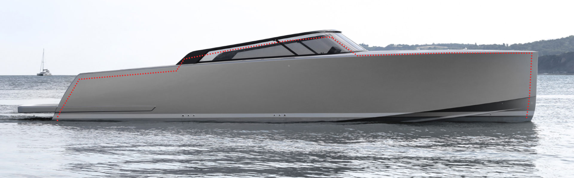 With a retooled hull, the 40.2 becomes 10 in. (25 cm) longer and 10 in. (25 cm) higher, staging a dominance over its predecessor.