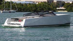VanDutch 40 Preowned 2016 1