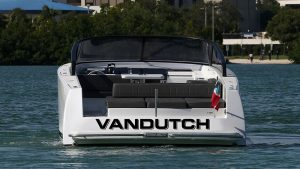 VanDutch 40 Preowned 2016 4