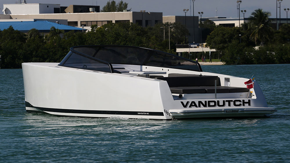 VanDutch 40 Preowned 2016 6
